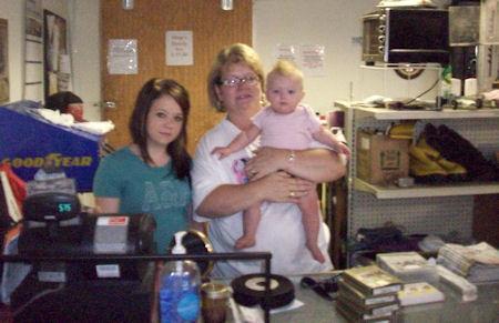 Employees at Glencoe Trading Post